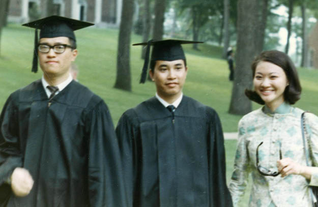 Chung Wu  66, Alfred Lee  66 and Lee s future wife, Nancy, at K commencement